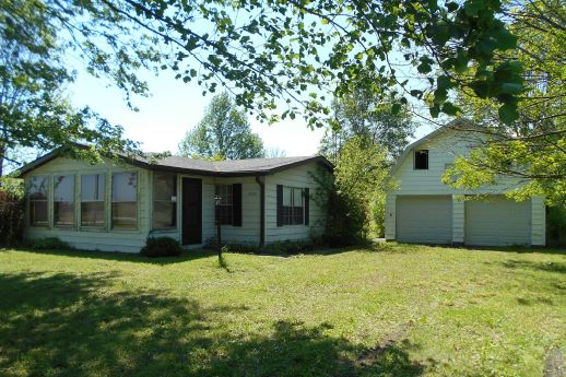 4565 E 300 N, Greenfield in  County, IN 46140 Home for Sale