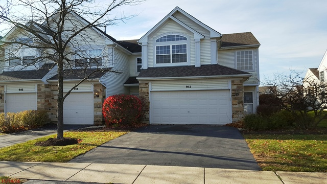 Photo of 952 Mesa Dr  Lake In The Hills  IL