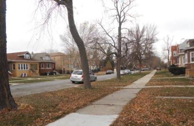 1741 N Nagle Ave, Chicago, IL 60707