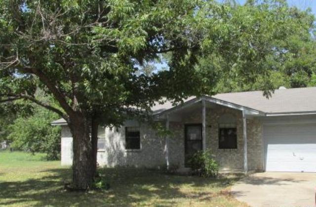 516 N Goodman Ave, Kerens, TX 75144
