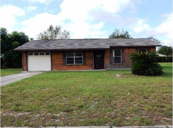 2548 Academy Ave, Deltona, FL 32738