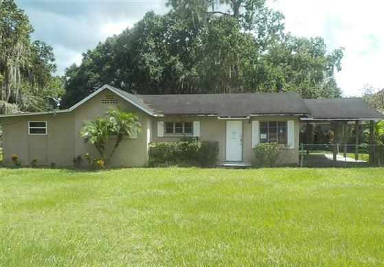 Photo of 3520 Avenue V NW  Winter Haven  FL