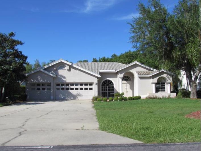 1813 Woodlands Blvd, Oldsmar, FL 34677