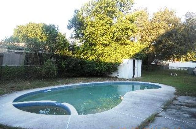 One of Winter Haven 3 Bedroom Pool Homes for Sale