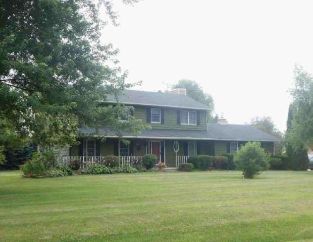 48w101 Pine Tree Dr, Maple Park, IL 60151