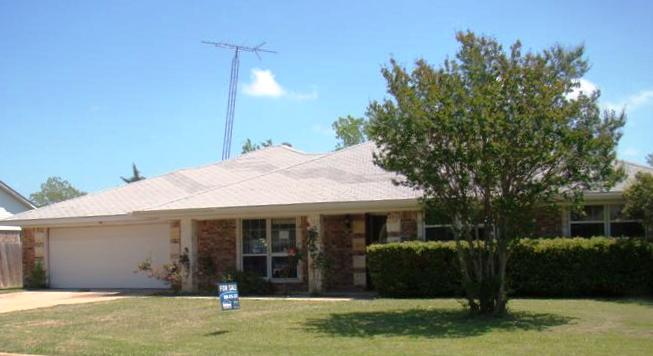 1717 S Willow St, Sherman, TX 75090