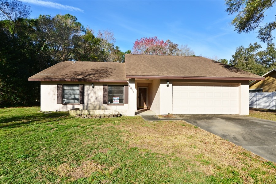 2317 Woodbend Cir, New Port Richey Single Story for Sale