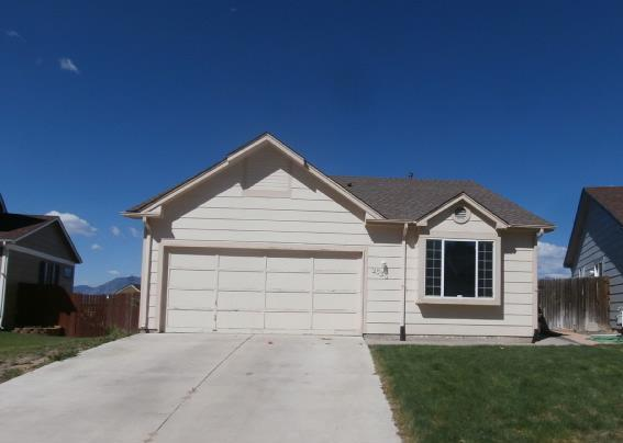 2330 Ambleside Dr, Colorado Springs, CO 80915