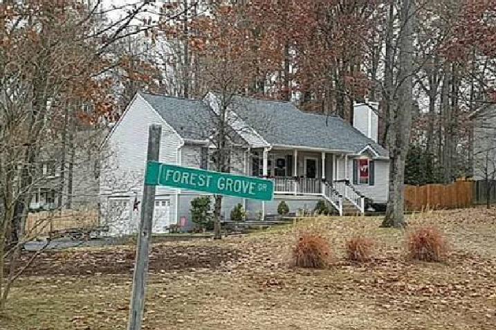 Photo of 6511 Forest Grove Dr  Fredericksburg  VA