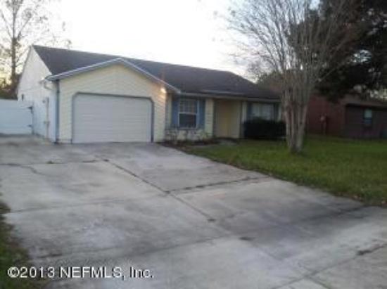1866 Shannon Lake Dr, Middleburg, FL 32068