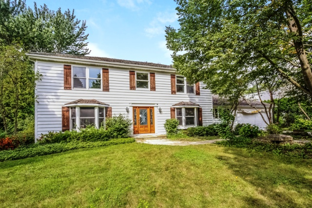 Photo of 1140 Estes Ave  Lake Forest  IL