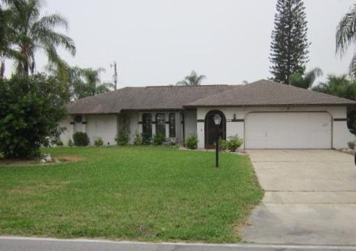 2316 Everest Pkwy, Cape Coral, FL 33904