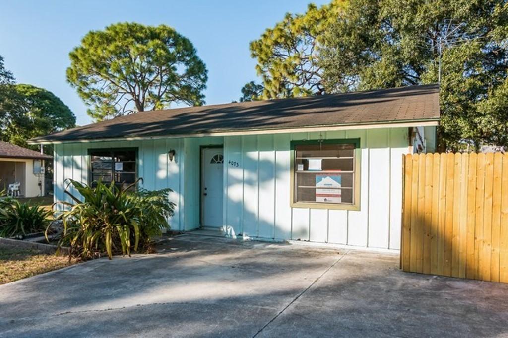 Photo of 4073 Hina Dr  Sarasota  FL