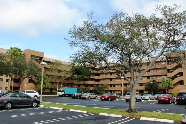 1001 Colony Point Cir # 505, Pembroke Pines, FL 33026