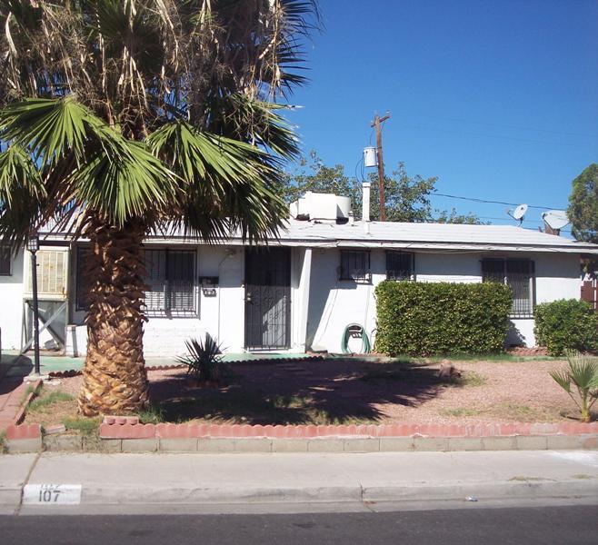 107 Cervantes St, Las Vegas, NV 89101