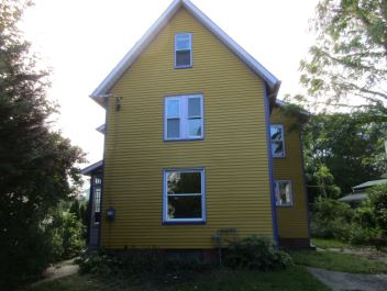 Photo of 858 Bank St  New London  CT