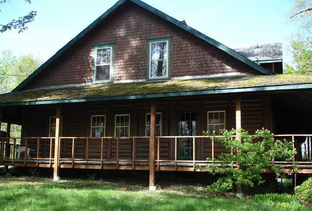 45 Log Cabin Ln, Bethlehem, NH 03574