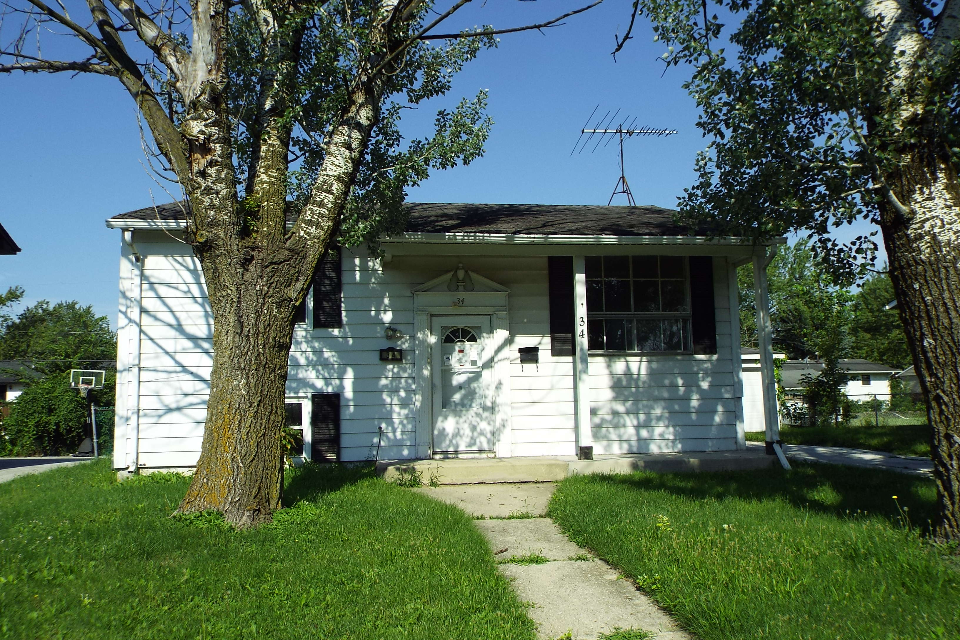 Photo of 34 N Cottage Grove Ave  Glenwood  IL