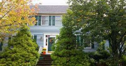 26 Presidential Path, Atlantic Highlands, NJ 07716