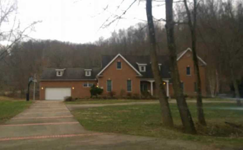 2644 Milldale Rd, Portsmouth, OH 45662