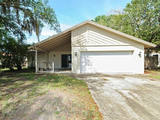 18416 Sterling Silver Cir, Lutz, FL 33549