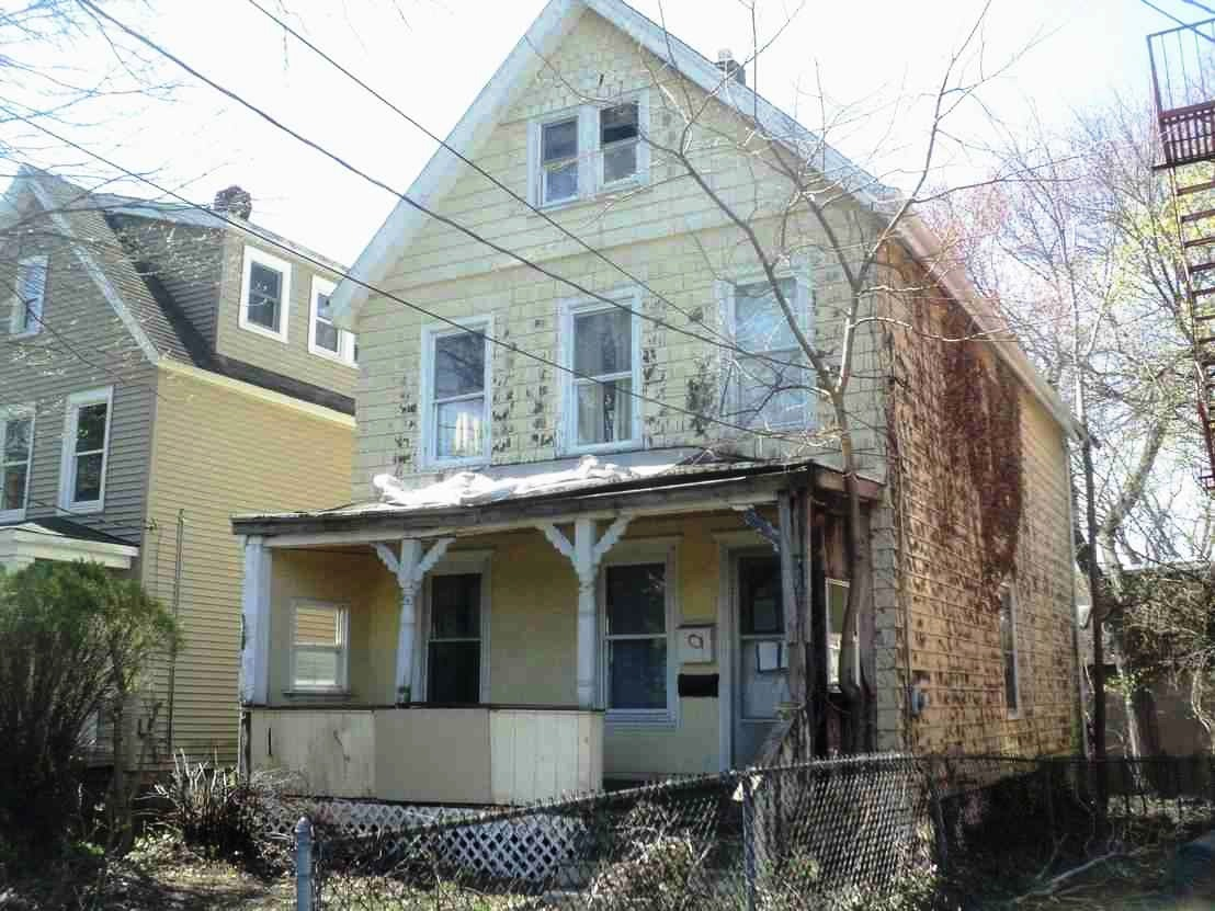 9 Serpentine Rd, Tenafly, NJ 07670