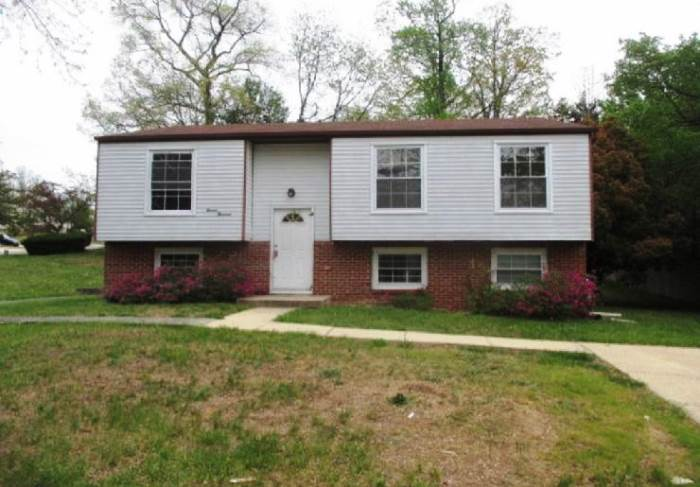 11000 Penny Ave, Clinton, MD 20735