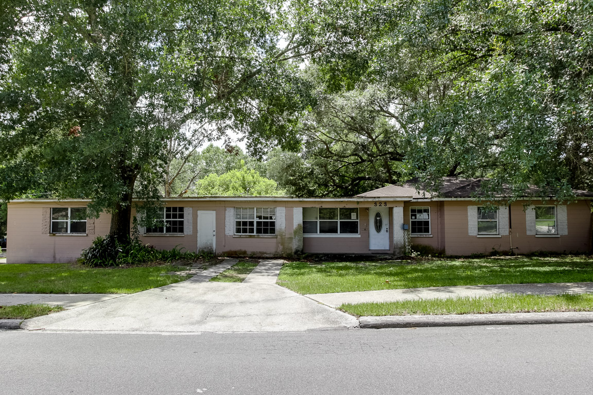 323 Eastway Dr, Lakeland in  County, FL 33803 Home for Sale