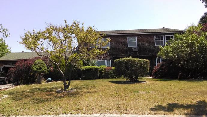 Photo of 15 Kyle St  Bellport  NY