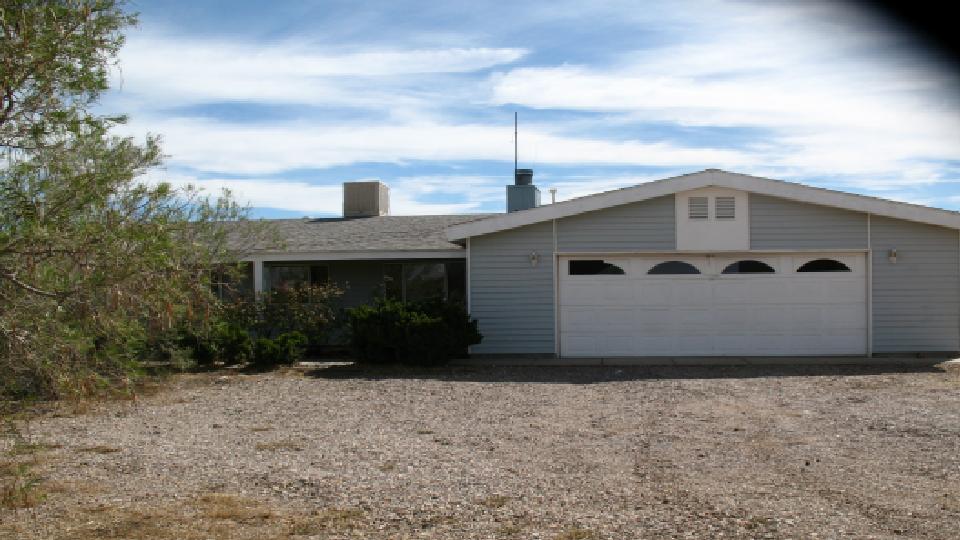2156 E Cactus Wren Rd, Kingman, AZ 86409
