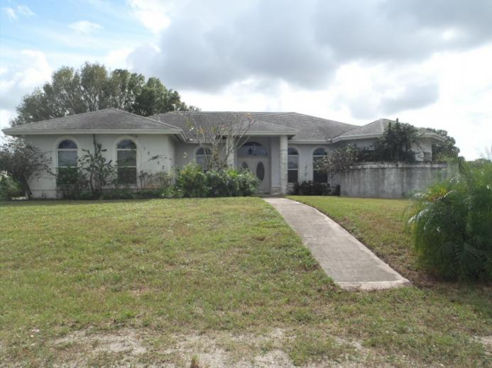 One of Loxahatchee 4 Bedroom Homes for Sale