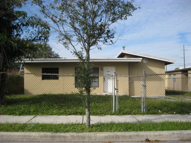 639 NW 11th Ave, Fort Lauderdale, FL 33311