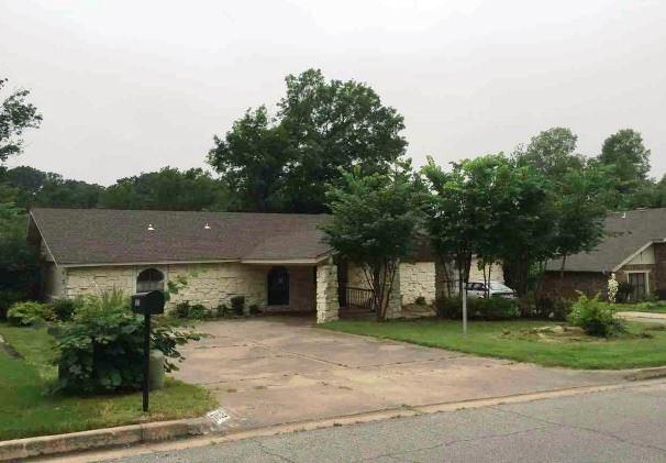 7032 S Richmond Ave Tulsa, OK 74136