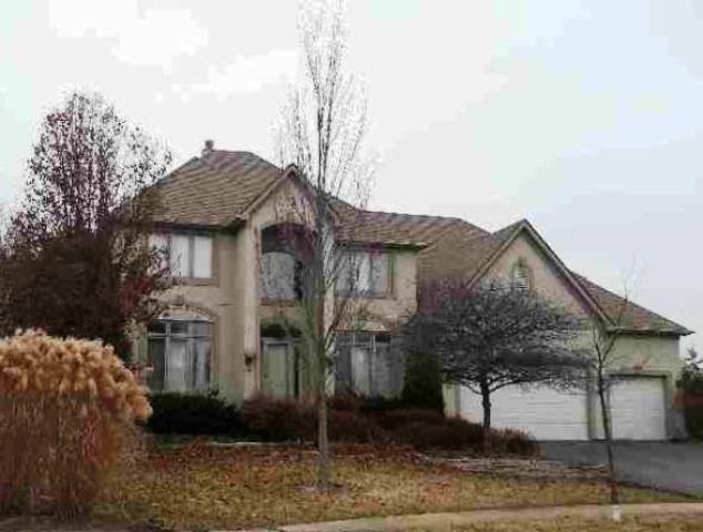 746 Tudor Ct, Sugar Grove, IL 60554