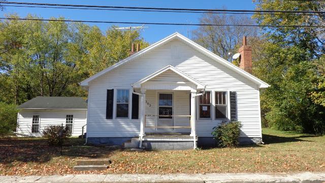 303 N Main St, Cornersville, TN 37047