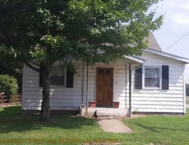 Photo of 210 S 4th St  Mulberry Grove  IL