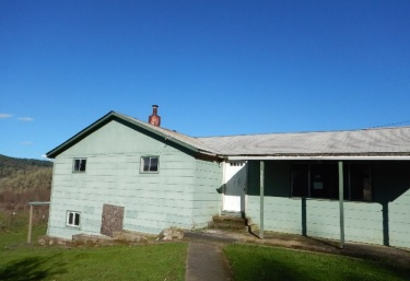 Photo of 1653 S Side Rd  Sutherlin  OR
