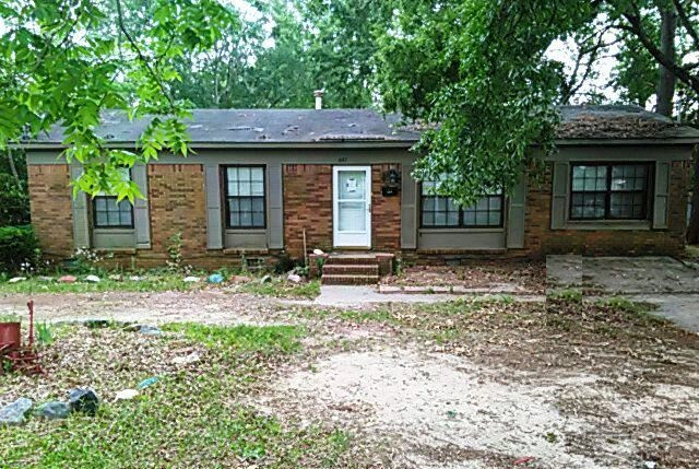 Photo of 607 Belle St  Fort Valley  GA