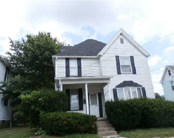 Photo of 1011 Sycamore St  Connellsville  PA