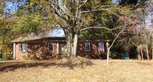 Photo of 1601 State Park Rd  Greenville  SC