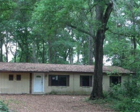 One of Apopka 2 Bedroom Single Story Homes for Sale