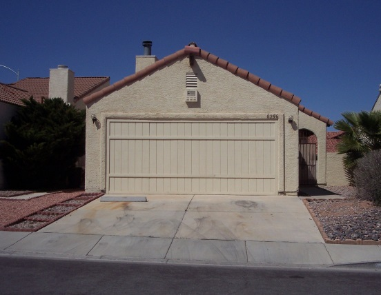 8256 Abercrombe Way, Las Vegas, NV 89145