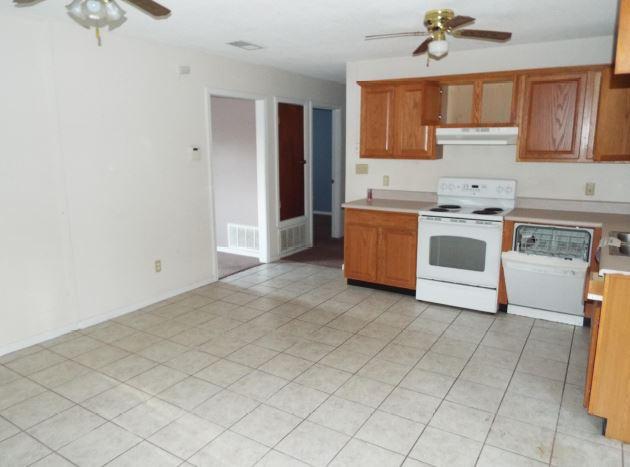 5757 Graymont Ln, Pensacola, FL 32526