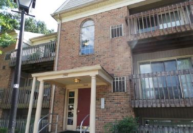 1302 Sugarwood Cir, Baltimore, MD 21221