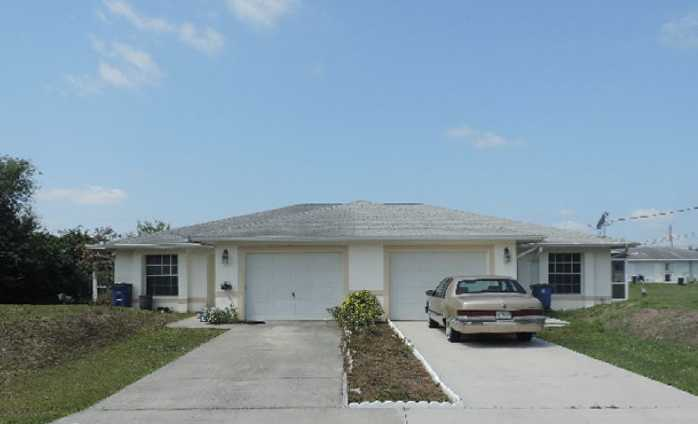 138 Gilbert Ave S, Lehigh Acres, FL 33973