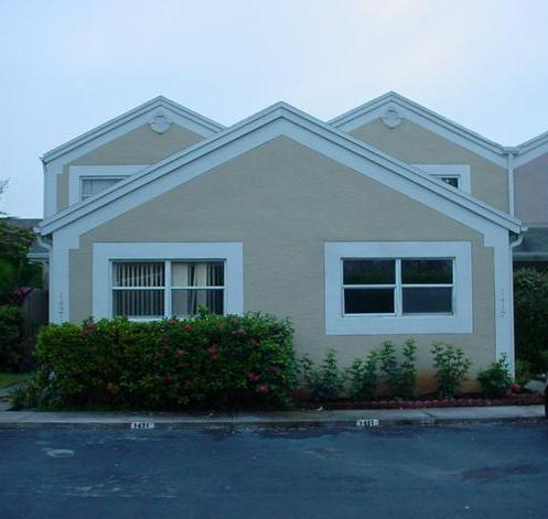 1421 Nw 124th Ave, Pembroke Pines, FL 33026