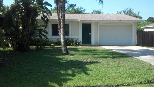 126 SW Ray Ave, Port St Lucie, FL 34983