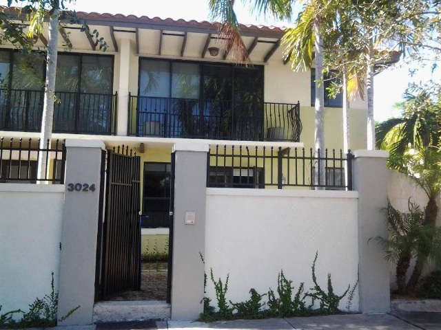 3024 Mcdonald St # 1, Coconut Grove, FL 33133