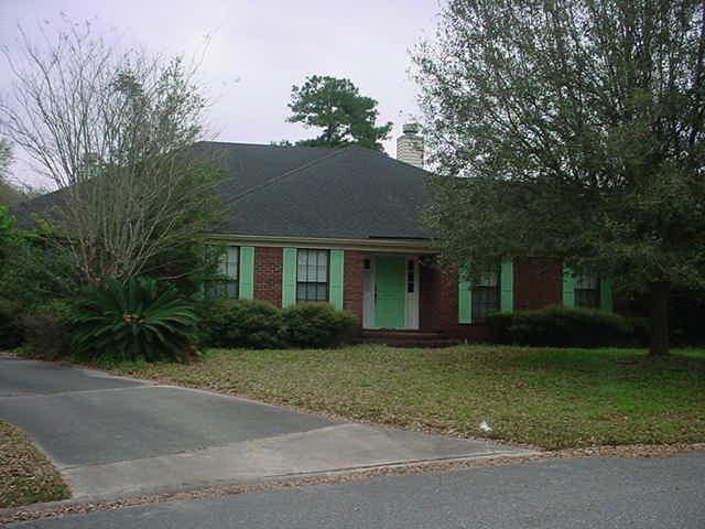 638 Kilchurn Dr, Orange Park, FL 32073