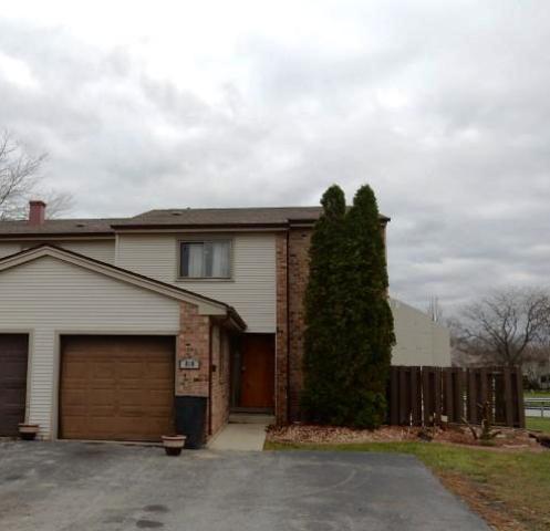 818 Maple Ln, University Park, IL 60484